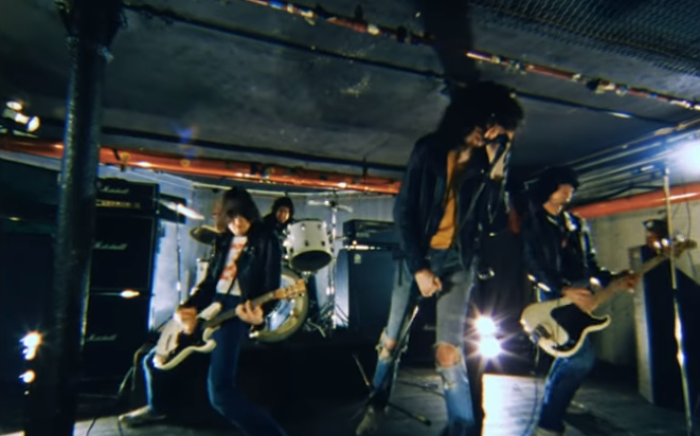 "The Ramones lanzan un vídeo inedito de su canción ""She's The One"""