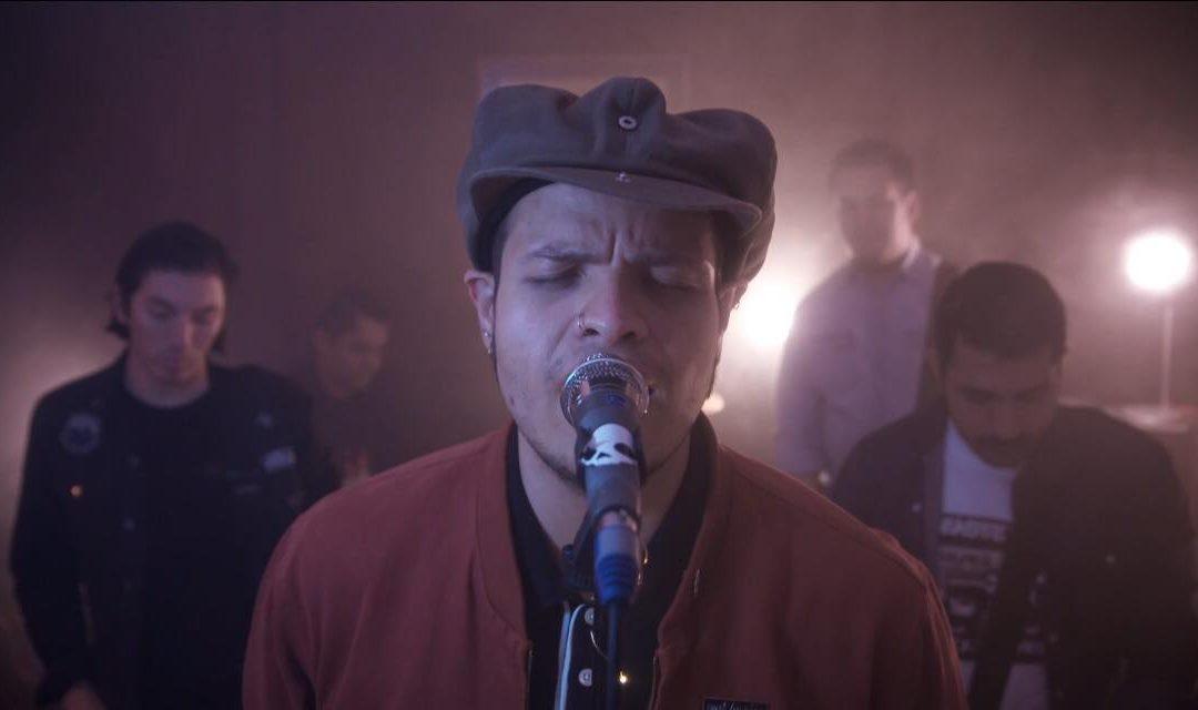 """Tungas estrena video de """"Dos Extraños"""""""