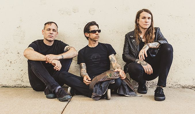 Checa el video del nuevo sencillo de Laura Jane Grace & The Devouring Mothers