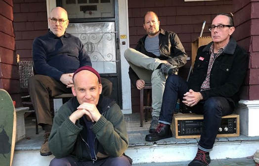 "Minor Threat recrea la portada de su EP ""Salad Days"""