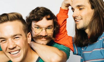 Tiny Moving Parts firma con Hopeless Records y anuncia nuevo disco