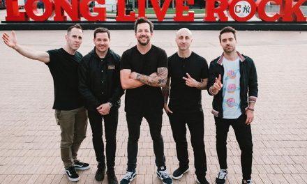 Simple Plan confirma el regreso de David Desrosiers a la banda