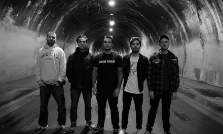"Stick To Your Guns estrenó una nueva canción demo ""Dove and Fist"""