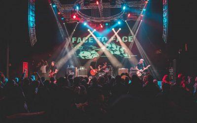 """Face To Face ha anunciado un disco en vivo como parte de la serie """"Live In A Dive"""" de Fat Wreck Chords"""
