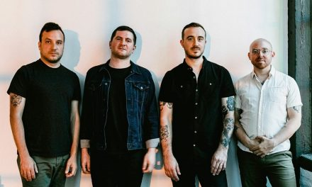 "The Menzingers compartieron una nueva canción ""America (You're Freaking Me Out)"""