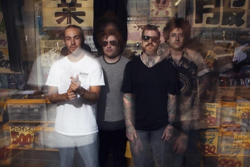 Fall Out Boy estrenó nuevo sencillo y anuncio nuevo disco