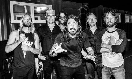 Foo Fighters versionan a los Dead Kennedys en su nuevo EP