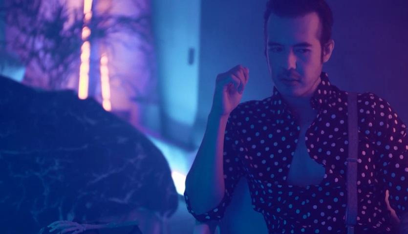 """Luis Cortes publicó un nuevo sencillo titulado """"Tan Rotos Que Embonamos Perfecto"""""""