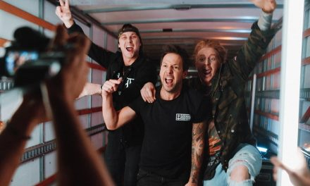 """Simple Plan y State Champs lanzan el vídeo de su sencillo """"Where I Belong"""" junto a We The Kings"""