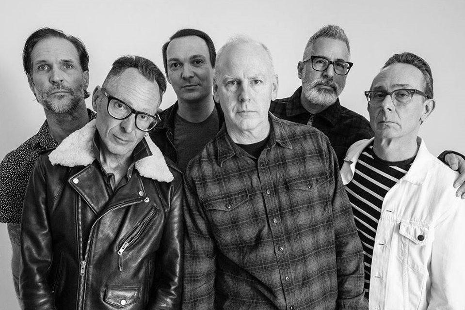 Bad Religion lanzará su primer libro autobiográfico