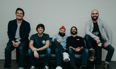 "August Burns Red comparte el vídeo de su sencillo ""Bones"""