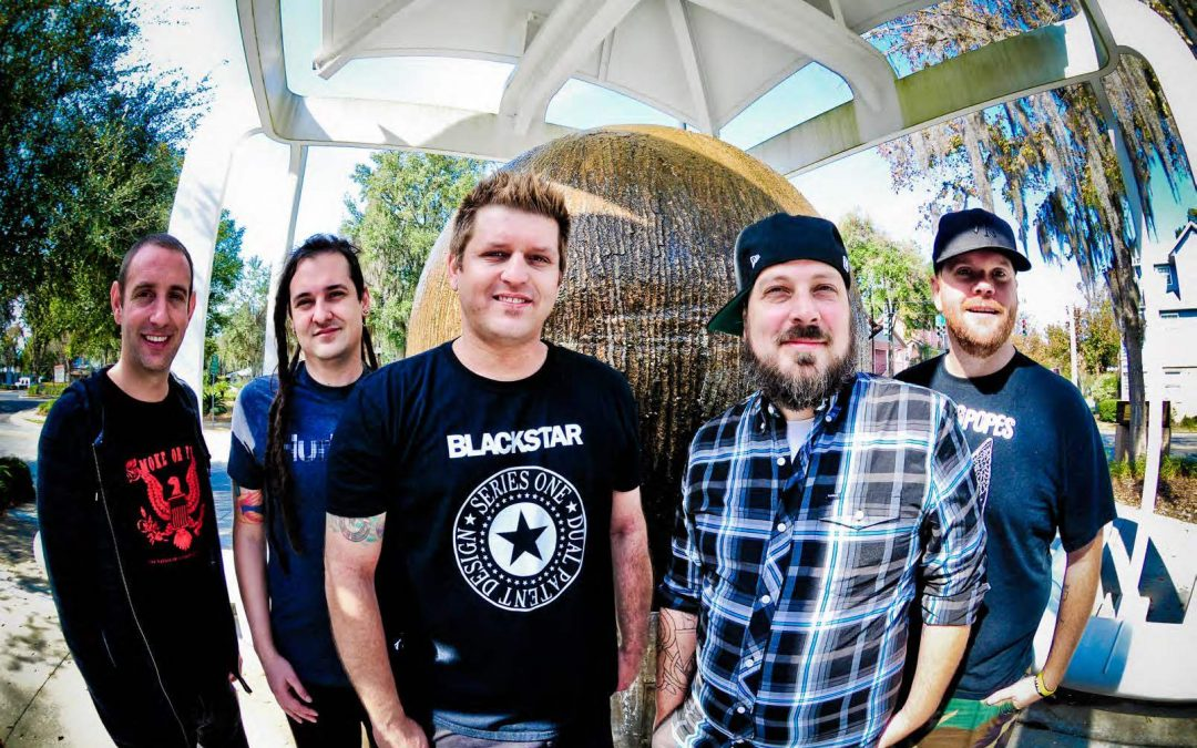 "Less Than Jake estrena canción ""The Sit Around"""