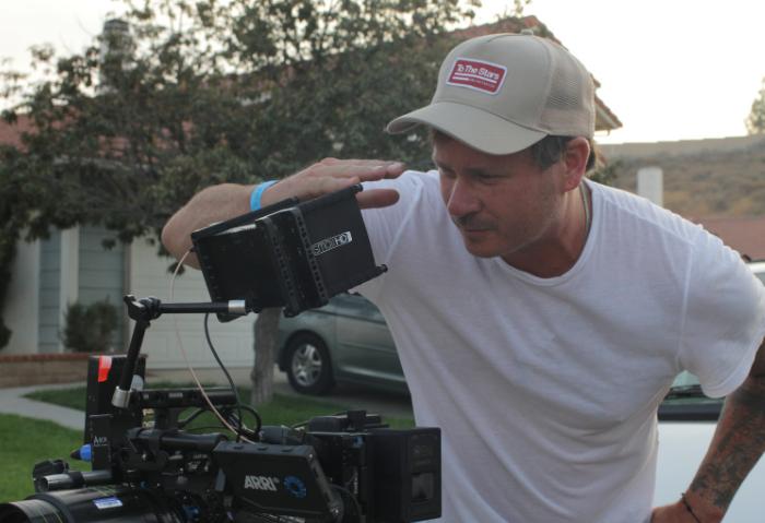Tom DeLonge debutará como director de cine con una película de Ciencia Ficción